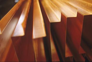 Cobre cae 1,18% en la Bolsa de Metales de Londres